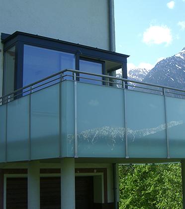 Balkon- und Terrassenkonstruktionen